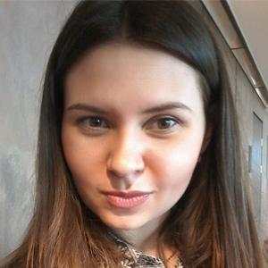 Olena Kholoshchak